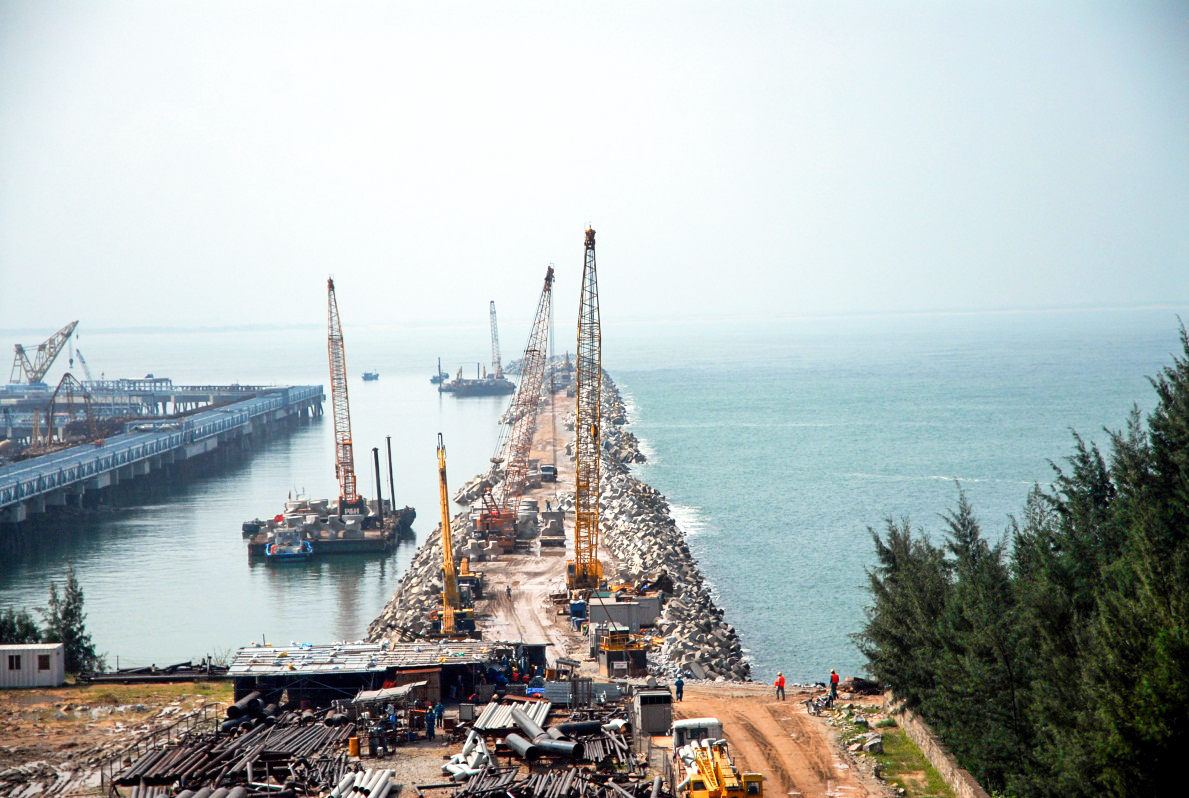 Product Export Jetties - Dzung Quat Refinery